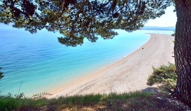 Famous beach Zlatni rat - 10 min walking distance