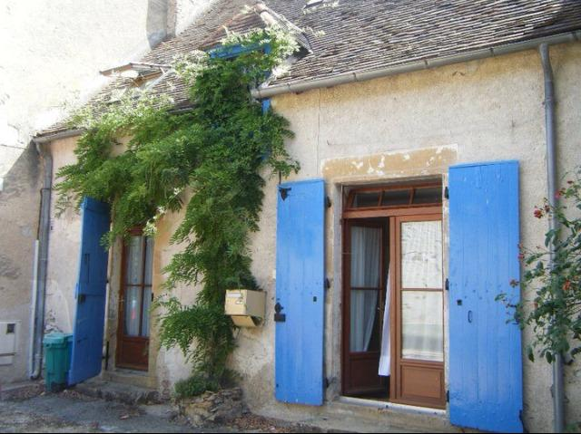 We loved the blue shutters & in summer we sleep with windows open, shutters closed to keep cool!