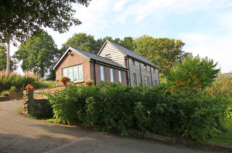 Merryfields Barn - Crickhowell, holiday rental in Crickhowell
