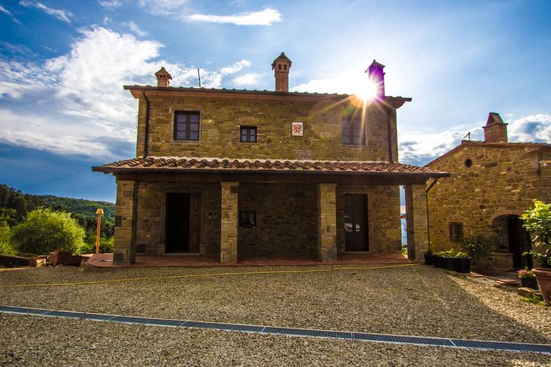 IL BORGO DI GEBBIA B&B Casa Vacanze, holiday rental in Civitella in Val di Chiana