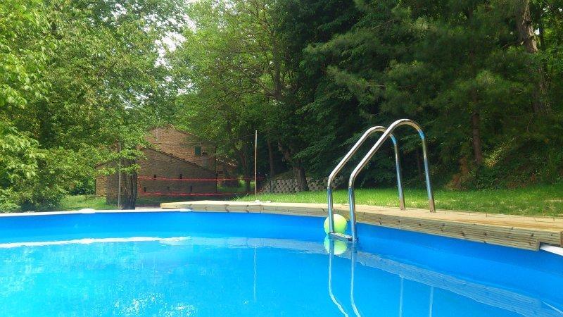 Ringonzano - Casale indipendente su colle, vacation rental in Casola Valsenio