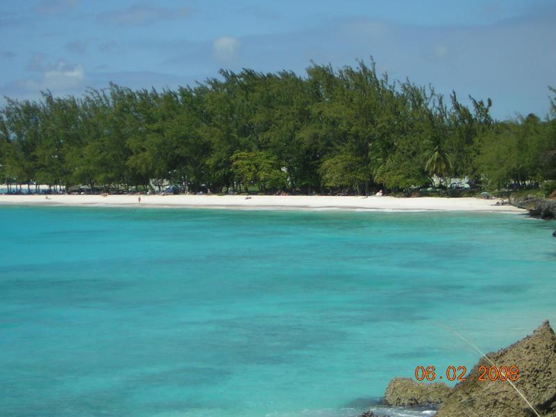 Pristene beach minutes away