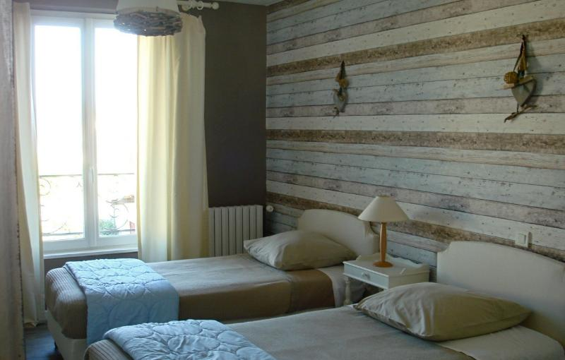 Le Pessac Chambre 3, holiday rental in Damiatte