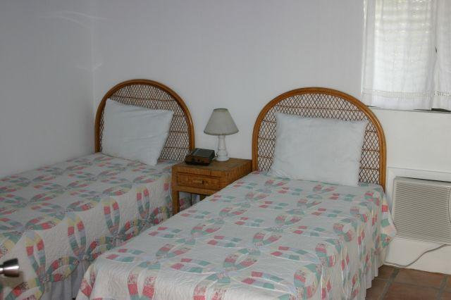 The twin bedroom - also with en-suite and air conditioning