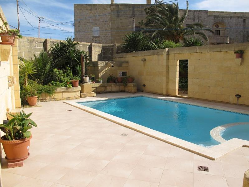 Ta Nikola Farmhouse, location de vacances à Île de Gozo