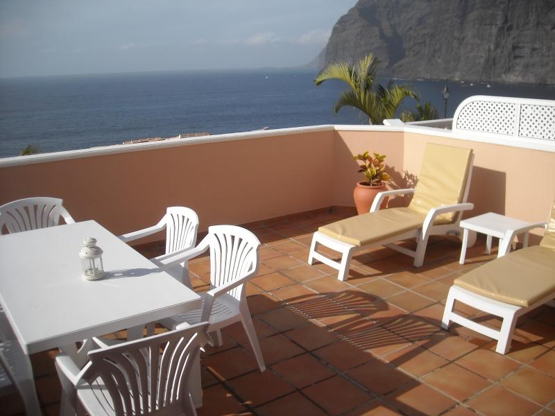 45 Romantic Sunny Getaway Boasting Unique and Amazing  Sea and Cliff Views, aluguéis de temporada em Los Gigantes