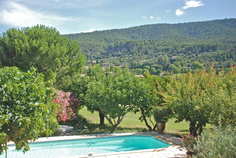Ma Provence  - Lovely House inside Aups village, aluguéis de temporada em Aups