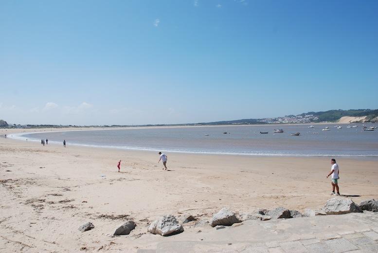 Sao Martinho do Porto beach
