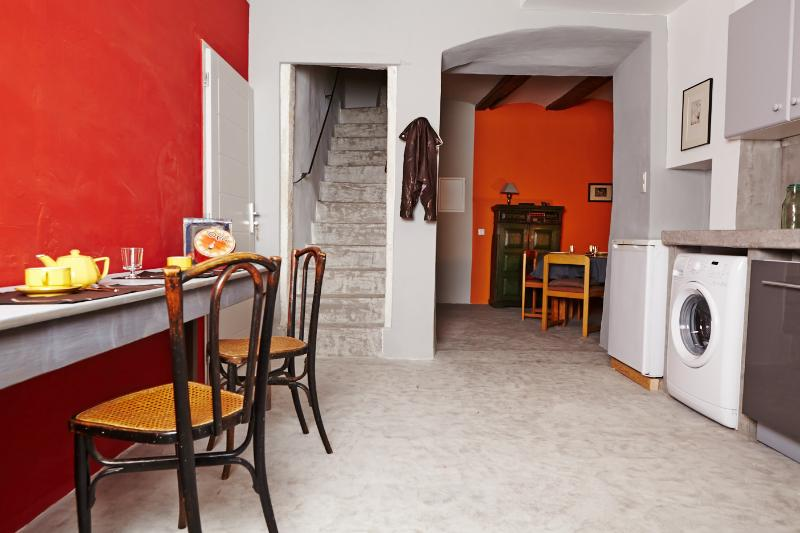 maison de village, holiday rental in Brujas