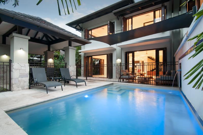 Beach Villa 314, Sea Temple, vacation rental in Port Douglas