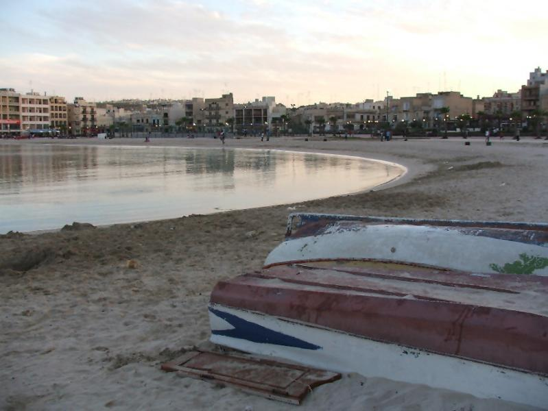 2 bed. townhouse apartment in a charming southern seaside town., vacation rental in Mqabba