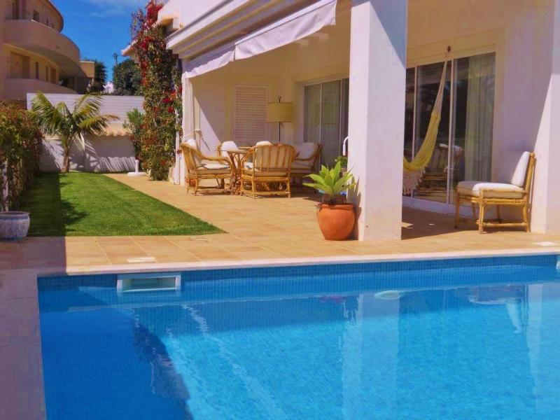 Ground Floor apartment. Located in a tranquil residential area next a private resort.