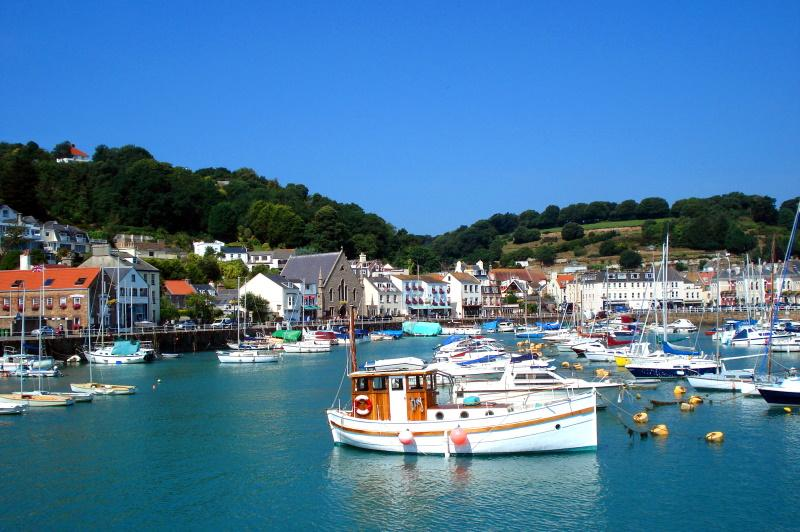 Beautiful St Aubin's Village & Bay, casa vacanza a Jersey