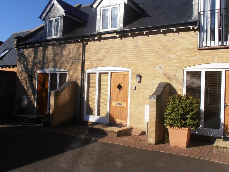 No 2 Stable Mews