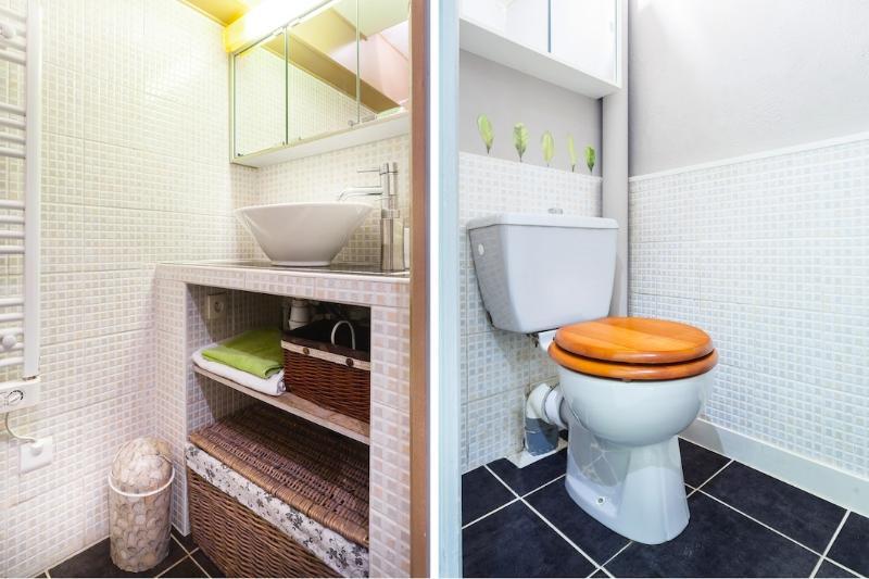Banheiros em quarto separado
