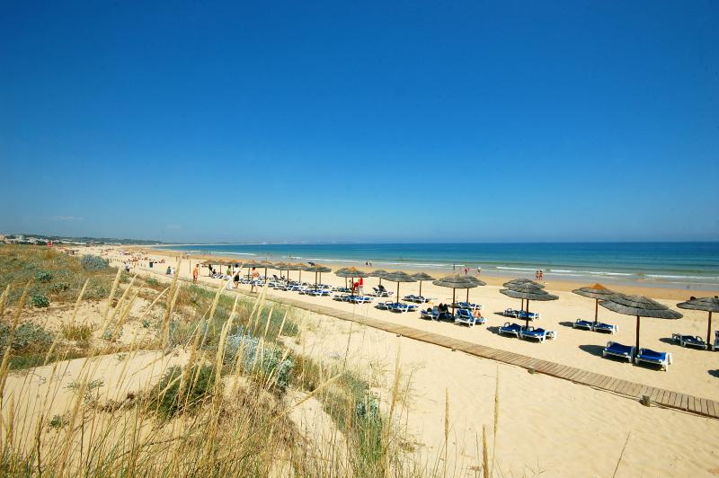 Walk to the Beach, one of the best in the Algarve. 5 kms of soft, golden sand!