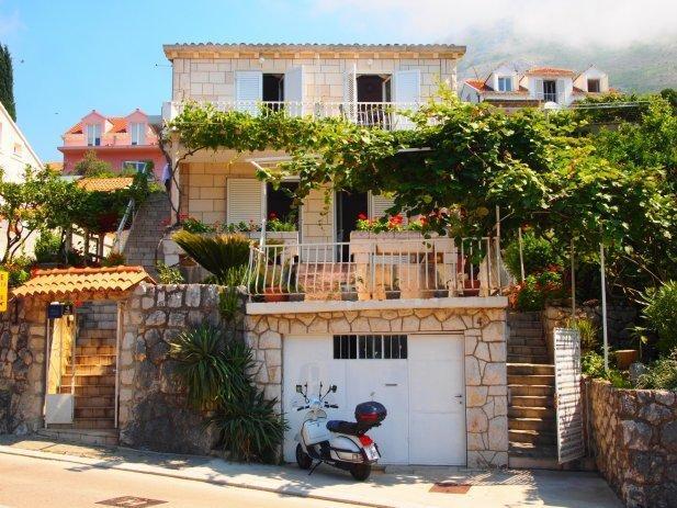 Villa Ankon Mlini (Dubrovnik), holiday rental in Mlini