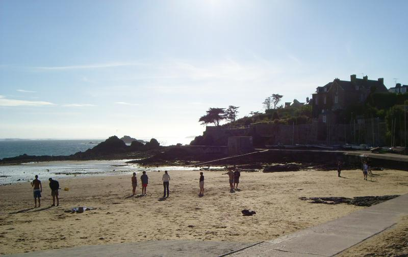 Le Pont beach at low tide