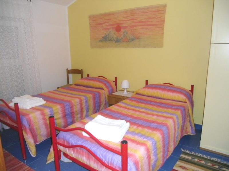 Room with twin beds or double bed