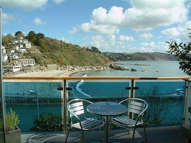 Balcony with stunning views of Looe beach and pier