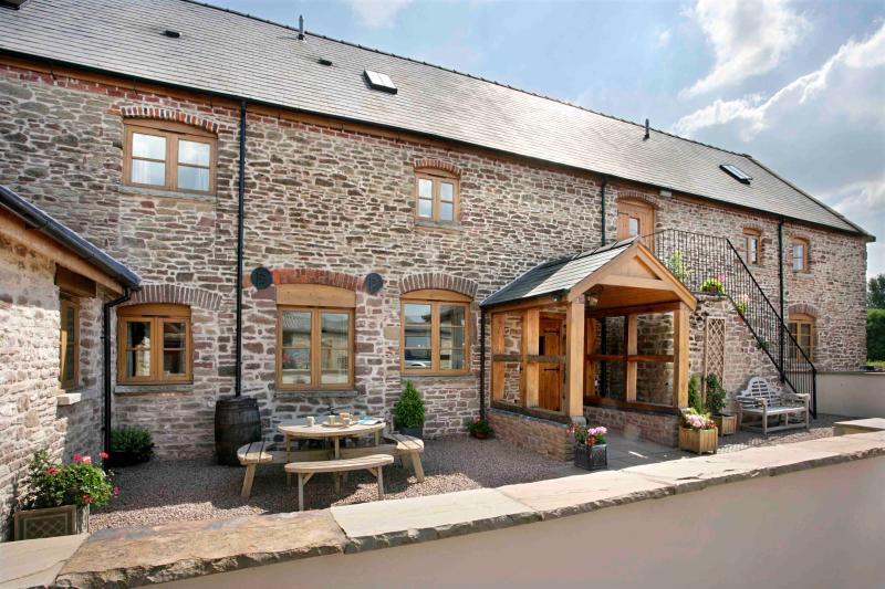 Trevase Granary, vacation rental in Herefordshire
