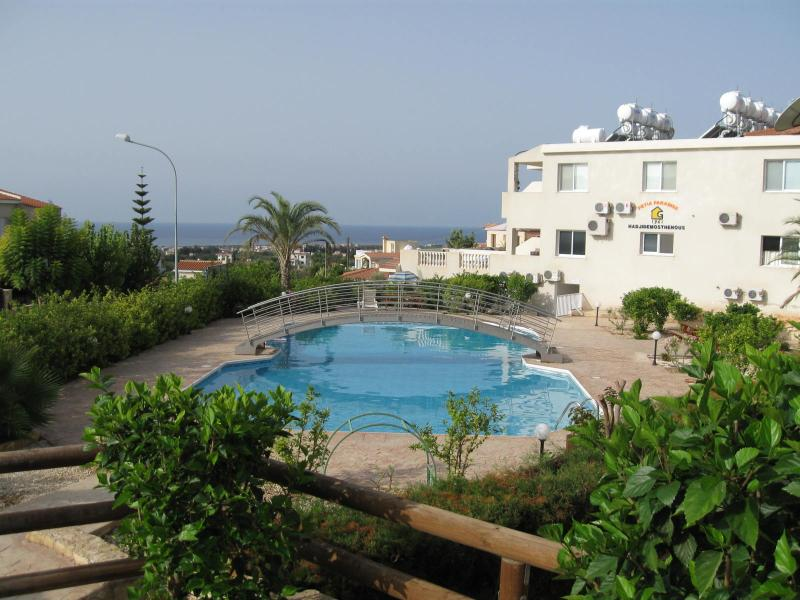 TownHouse MC1 - Peyia Paradise, vacation rental in Peyia
