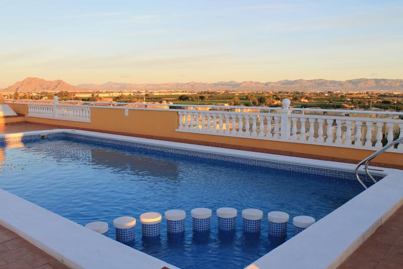 Roof top pool with views of the mountains and not overlooked!