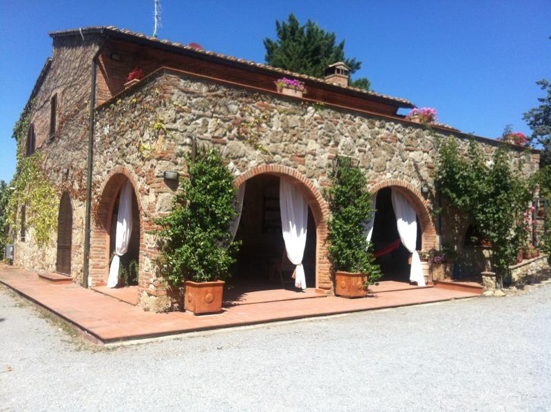The house is a typical Tuscan farmhouse, totally restored with charm