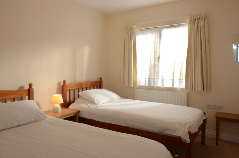 Waterfront luxury accommodation - second bedroom with en-suite