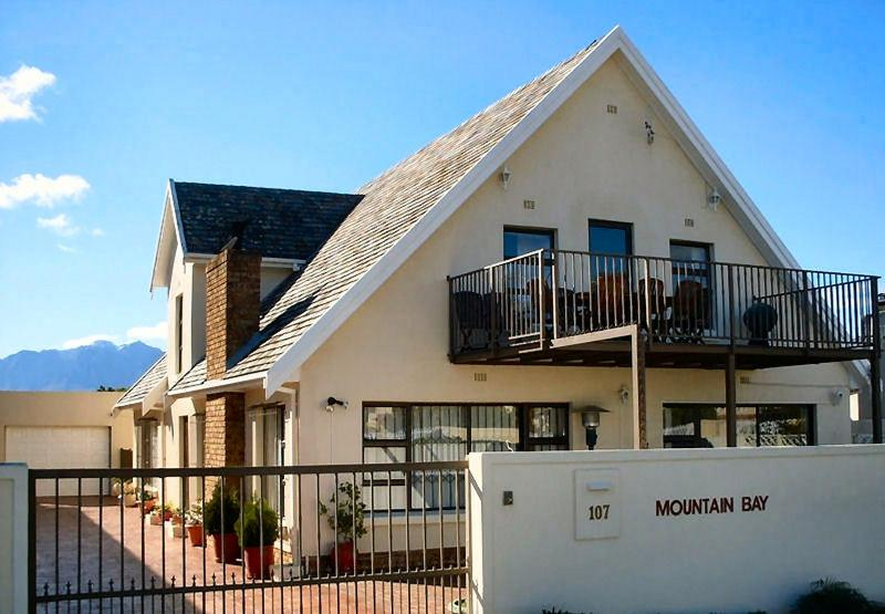 Montagne baie Self Catering Apartments