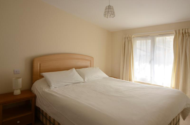 Waterfront luxury accommodation - master bedroom with en-suite