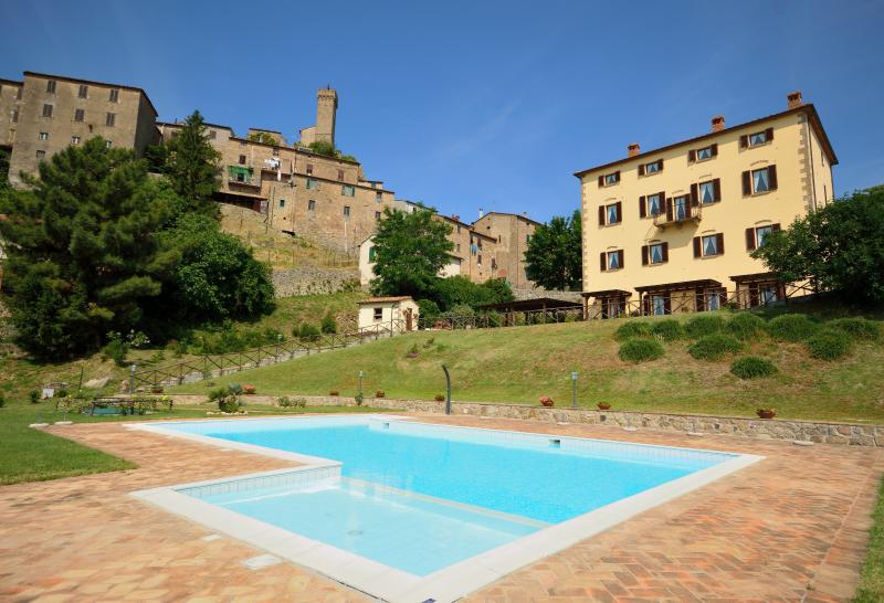 RESIDENCE IL CILIEGIO, vacation rental in Ribolla