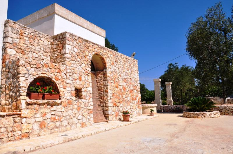 PUGLIA STONE HOUSE, vacation rental in San Vito dei Normanni