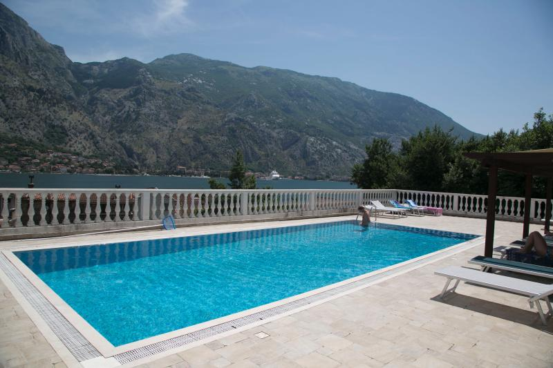 Kotor View, vacation rental in Radovici