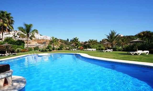 Main Swimming Pool & Gardens