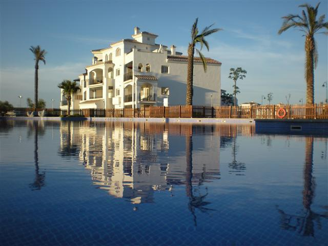 Spain Golf Apartment with great swimming pool