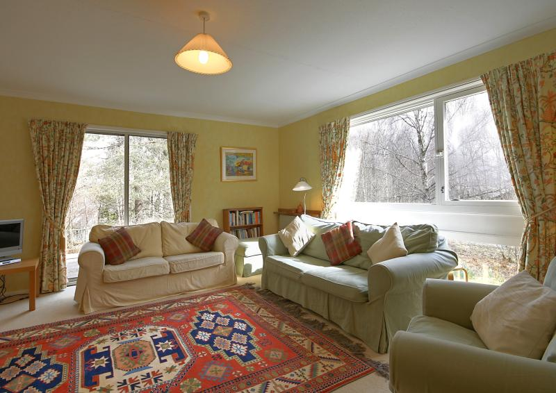 The light and spacious sitting room