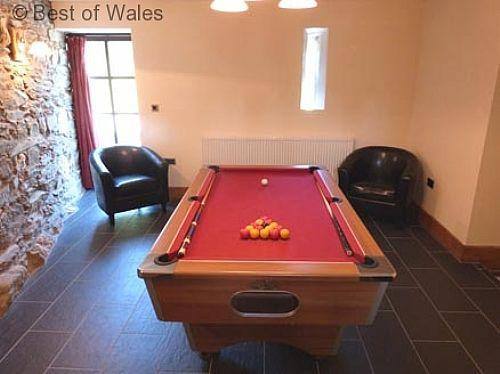 Take a break at this 5 star holiday cottage with games room