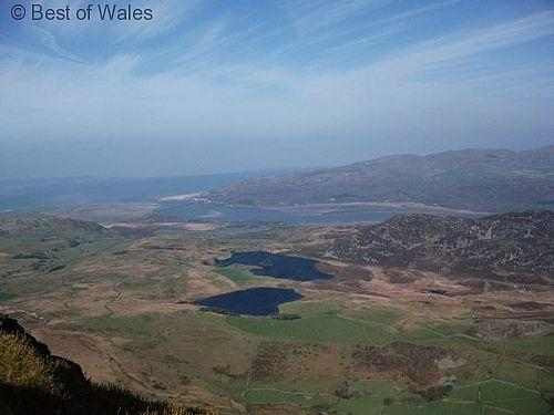 Blick von Craig Las, Cadair Idris hinunter Richtung Mawddach Mündung