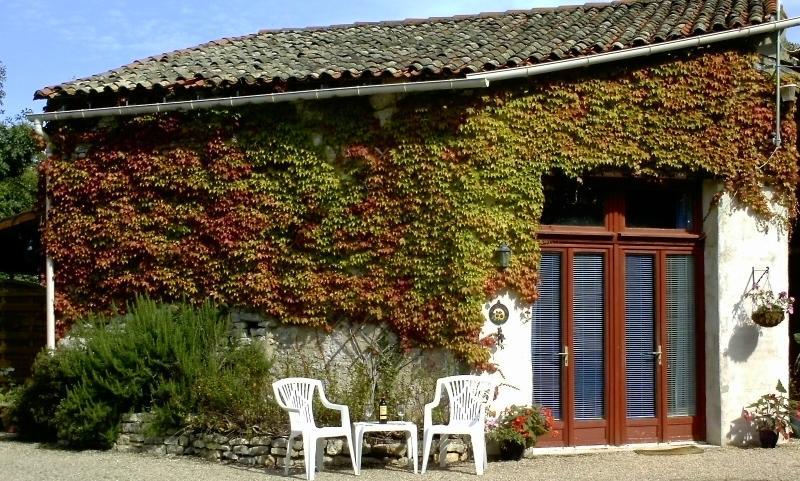 La Petite Sojourn ubicado en los terrenos de Maison Tournesol