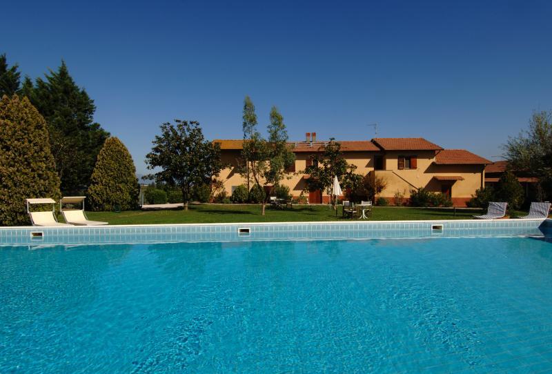 Lamborghini Agriturismo e Golf, casa vacanza a Panicarola