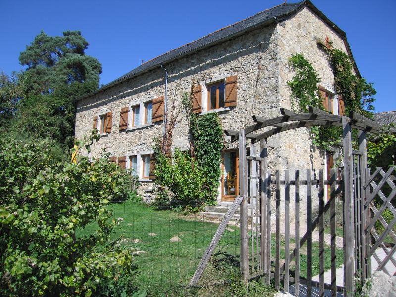 Eco-friendly gite in traditional Quercy barn conversion