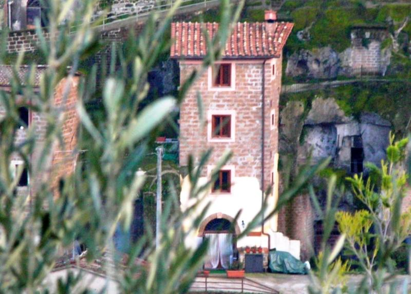 Hazelnut Tower Torre Avellana, holiday rental in Corchiano