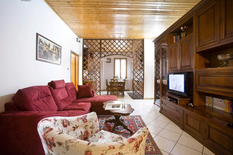 Wide Living room - Florence apartment - centre