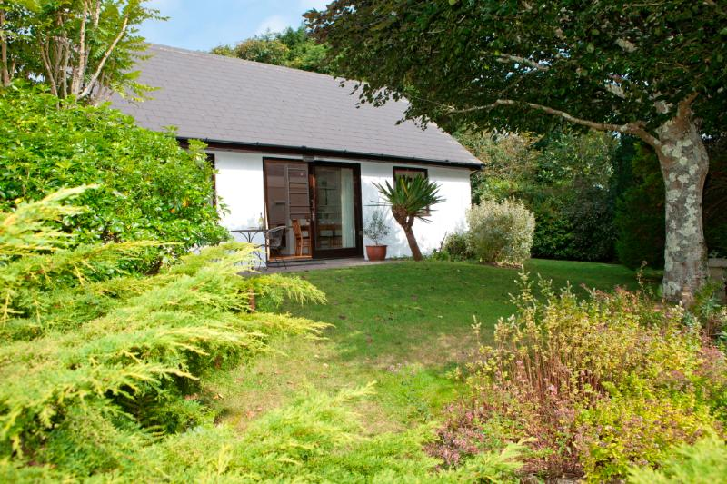 Shilbury Retreat Cottage, holiday rental in Penhallow