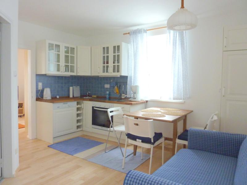 fantastic studio close to the historical center, private parking, wifi, vacation rental in Koppl