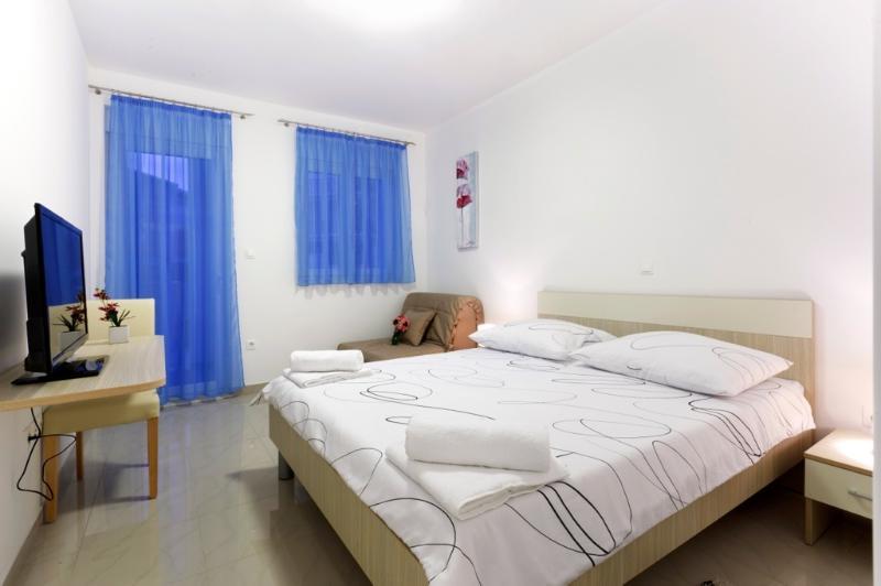 Double room with balcony (7), holiday rental in Podstrana