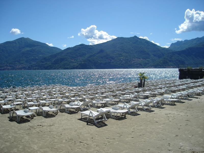 Menaggio Lido beach directly on the lake
