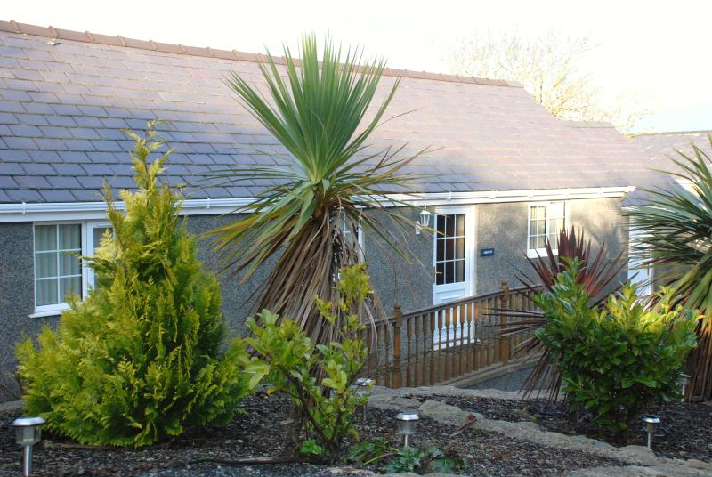 Rhiwlas Holiday cottage, quiet location views over countryside and Irish sea. Lovely sunsets