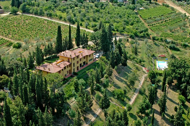 Apartment Tuscany Chianti near Florence and Siena, vacation rental in Barberino Val d'Elsa